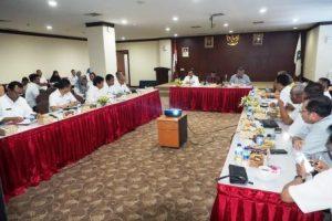 Rapat Banggar DPRD Kepri di Graha Kepri, Rabu (15/3).