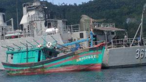 Inilah Kapal Berbendera Vietnam yang ditangkap TNI AL di Perairan Natuna, Minggu (28/5).